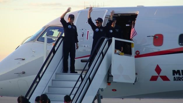 ニュース画像 1枚目:グラントカウンティ国際空港に到着したMRJ