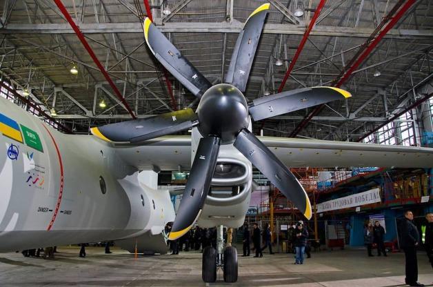ニュース画像:プラット・アンド・ホイットニー・カナダのPW150Aエンジンとダウティ・プロペラーズのプロペラ | FlyTeam ニュース