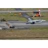 ニュース画像 5枚目:VMFA-242のF/A-18D、M-31アレスティング・ギアをつかみ着陸