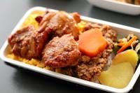 ニュース画像 1枚目:鶏そぼろ三色丼