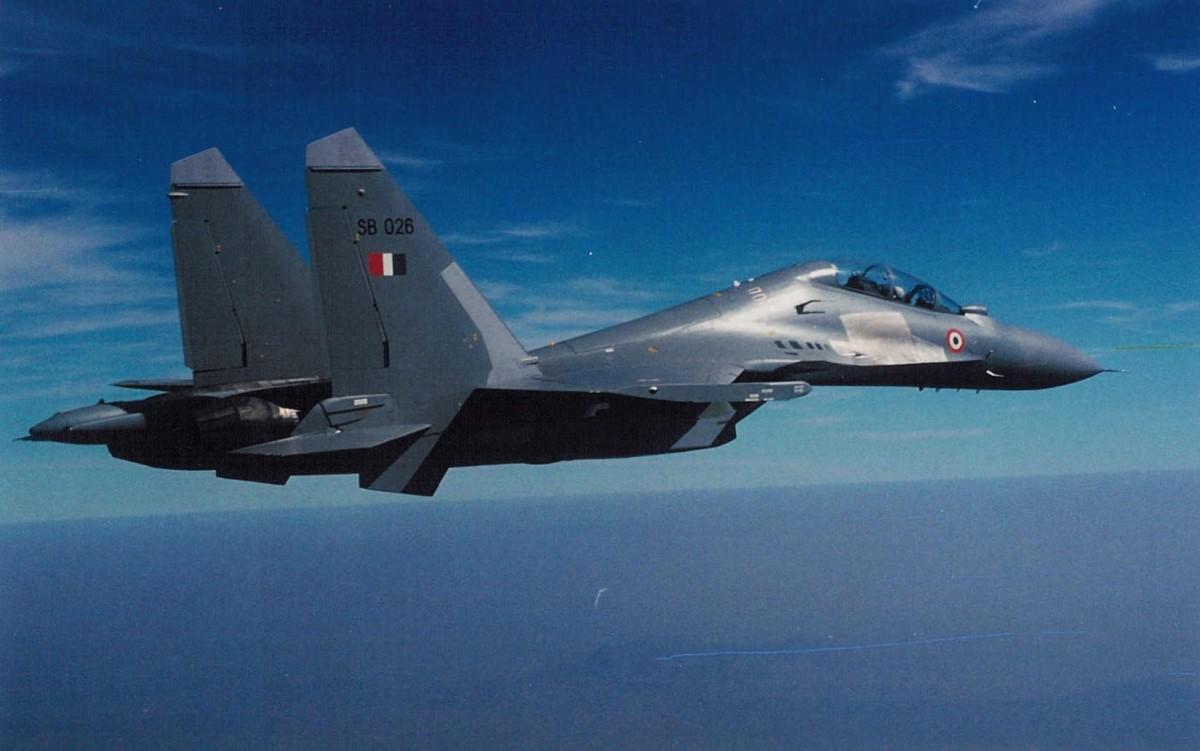 イギリス空軍基地をインド空軍のSu-30MKIフランカーが訪問【動画】 | FlyTeam ニュース