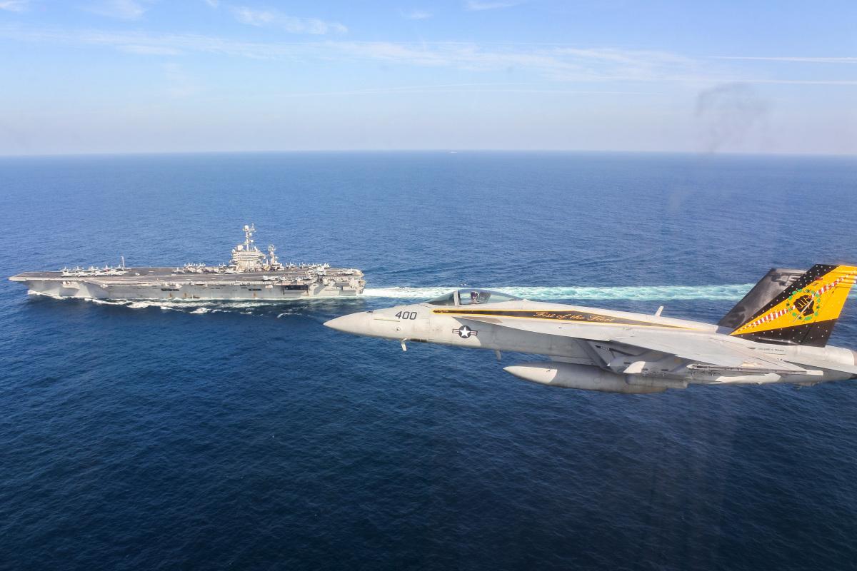 アメリカ海軍空母トルーマン、ペルシャ湾に進入 | FlyTeam ニュース