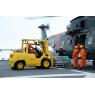 ニュース画像 2枚目:およそ7割の物資をヘリコプターが輸送