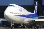 こすけさんが、伊丹空港で撮影した全日空 747-481(D)の航空フォト(写真)