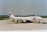 Hitsujiさんが、福岡空港で撮影した日本航空 747-446の航空フォト(写真)