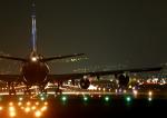ストロベリーさんが、伊丹空港で撮影した全日空 747-481(D)の航空フォト(写真)