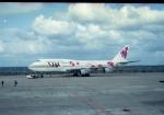 かんだちゃんたろうさんが、那覇空港で撮影した日本航空 747-346の航空フォト(写真)