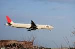 妄想竹さんが、成田国際空港で撮影した日本航空 777-346/ERの航空フォト(写真)
