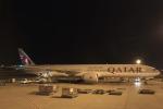 安芸あすかさんが、ドーハ国際空港で撮影したカタール航空 777-3DZ/ERの航空フォト(写真)