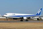 krozさんが、伊丹空港で撮影した全日空 767-381の航空フォト(写真)