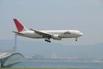Dekatyouさんが、関西国際空港で撮影した日本航空 767-246の航空フォト(写真)