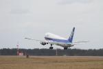 くろネコさんが、庄内空港で撮影した全日空 767-381の航空フォト(写真)
