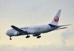 tomo@Germanyさんが、羽田空港で撮影した日本航空 767-346の航空フォト(写真)
