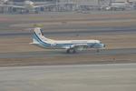 taka2217さんが、羽田空港で撮影した海上保安庁 YS-11A-200の航空フォト(写真)