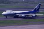 夏奈さんが、羽田空港で撮影した全日空 747SR-81の航空フォト(写真)