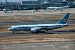 かみきりむしさんが、羽田空港で撮影した全日空 767-381の航空フォト(写真)