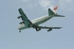 肉食獣さんが、下地島空港で撮影した日本航空 747-246Bの航空フォト(写真)