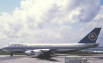 チャーリーマイクさんが、那覇空港で撮影した全日空 747SR-81の航空フォト(写真)