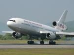 うらしまさんが、高松空港で撮影したオムニエアインターナショナル DC-10-30の航空フォト(写真)