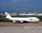 チャーリーマイクさんが、福岡空港で撮影した日本航空 747-246Bの航空フォト(写真)