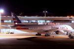 ヨルダンさんが、成田国際空港で撮影したアメリカン航空 777-223/ERの航空フォト(写真)