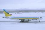 安芸あすかさんが、新千歳空港で撮影したAIR DO 767-281の航空フォト(写真)
