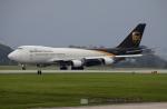 Koenig117さんが、嘉手納飛行場で撮影したUPS航空 747-44AF/SCDの航空フォト(写真)