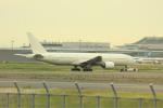 オポッサムさんが、羽田空港で撮影した日本航空 777-246の航空フォト(写真)