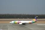 gunmano_kumasanさんが、熊本空港で撮影したスカイネットアジア航空 737-4H6の航空フォト(写真)
