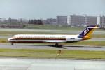 新城良彦さんが、伊丹空港で撮影した日本エアシステム MD-87 (DC-9-87)の航空フォト(写真)
