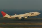 pinamaさんが、羽田空港で撮影した日本航空 747-446の航空フォト(写真)