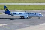 Tomo-Papaさんが、ウィーン国際空港で撮影したウクライナ国際航空 ERJ-190-100(ERJ-190STD)の航空フォト(写真)