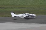 多楽さんが、仙台空港で撮影した航空大学校 Baron G58の航空フォト(写真)