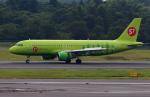 Koenig117さんが、成田国際空港で撮影したS7航空 A320-214の航空フォト(写真)
