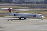 wandaさんが、伊丹空港で撮影した日本航空 MD-81 (DC-9-81)の航空フォト(写真)