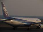 うめたろうさんが、山口宇部空港で撮影した全日空 777-281の航空フォト(写真)
