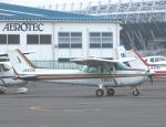 チャーリーマイクさんが、調布飛行場で撮影したアイベックスアビエイション 172P Skyhawk IIの航空フォト(写真)