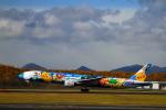 tupolevさんが、新千歳空港で撮影した全日空 777-381の航空フォト(写真)