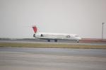 アイボさんが、那覇空港で撮影したJALエクスプレス MD-81 (DC-9-81)の航空フォト(写真)