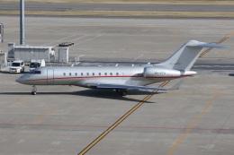 スポット110さんが、羽田空港で撮影したビスタジェット BD-700-1A11 Global 5000の航空フォト(写真)