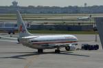 ktaroさんが、オヘア国際空港で撮影したアメリカン航空 737-823の航空フォト(写真)