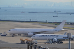 nobukadeさんが、羽田空港で撮影した日本航空 777-246の航空フォト(写真)
