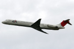 A-Chanさんが、新千歳空港で撮影した日本航空 MD-81 (DC-9-81)の航空フォト(写真)