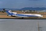Gambardierさんが、名古屋飛行場で撮影した全日空 727-281の航空フォト(写真)