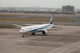 たろさんが、羽田空港で撮影した全日空 777-381/ERの航空フォト(写真)