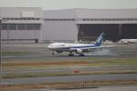 たろさんが、羽田空港で撮影した全日空 777-281/ERの航空フォト(写真)