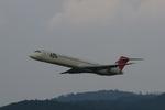 LEVEL789さんが、岡山空港で撮影した日本航空 MD-90-30の航空フォト(写真)