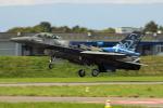 Koenig117さんが、ミリテール・ド・ペイエルヌ飛行場で撮影したギリシャ空軍 F-16CJ Fighting Falconの航空フォト(写真)