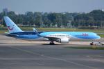 Tomo-Papaさんが、アムステルダム・スキポール国際空港で撮影したアルケフライ 767-304/ERの航空フォト(写真)
