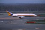 ATOMさんが、新千歳空港で撮影した日本エアシステム MD-87 (DC-9-87)の航空フォト(写真)